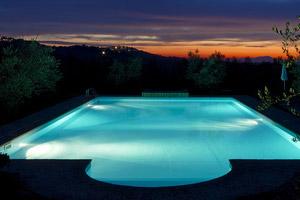 Pool lighting minneapolis st paul for Swimming pool lighting options